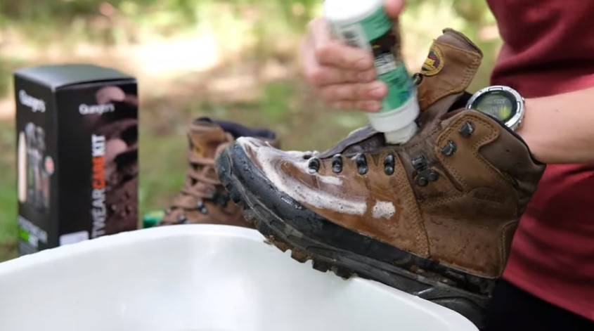 Clean the boots thoroughly before storing
